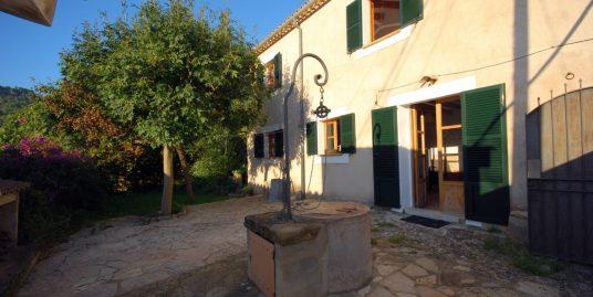 Casa acogedora con carácter en el pueblo de Puigpunyent
