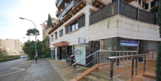Local en zona Porto Pi-La Bonanova junto a la Avn. Joan Miro de Palma
