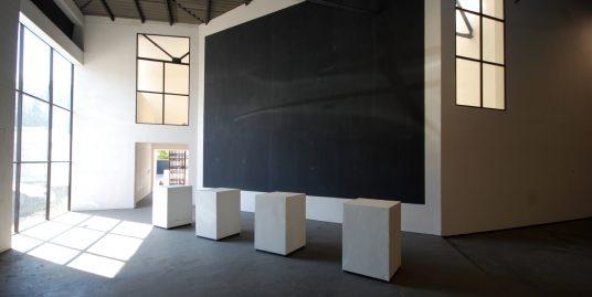 Nave industrial completamente reformada con altillo de 100 m2 aprox. en el polígono de son Castelló de Palma