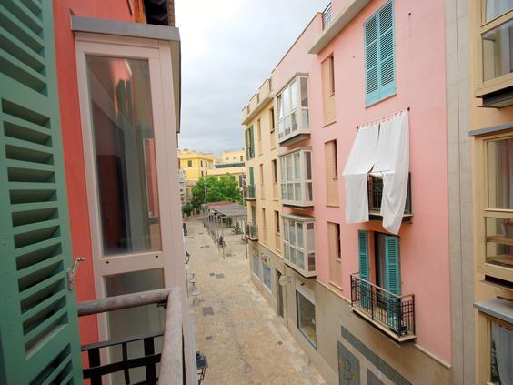 Piso muy céntrico en Palma junto a la plaza Raimundo Clar