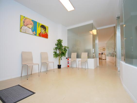 Oficina con tres despachos en Palma Centro, zona de negocios.