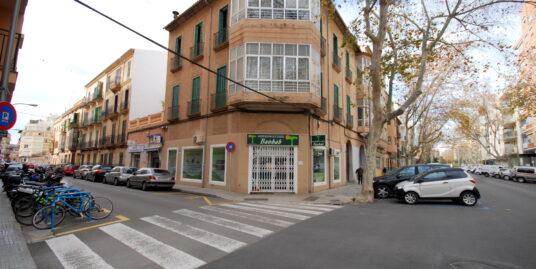 Local comercial en zona muy próxima al Parc de les Estacions y Corte Inglés avenidas en Palma